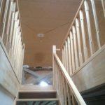 лестница на второй этаж на заказ