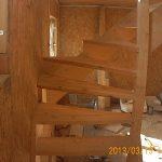 Изготовление деревянных лестниц от 40 000 рублей
