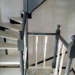Окрашенные деревянные лестницы